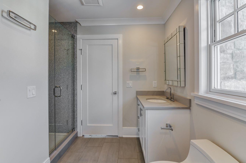 15 – 7 Saratoga Way – Jack & Jill Bath for Bedrooms 2 & 3