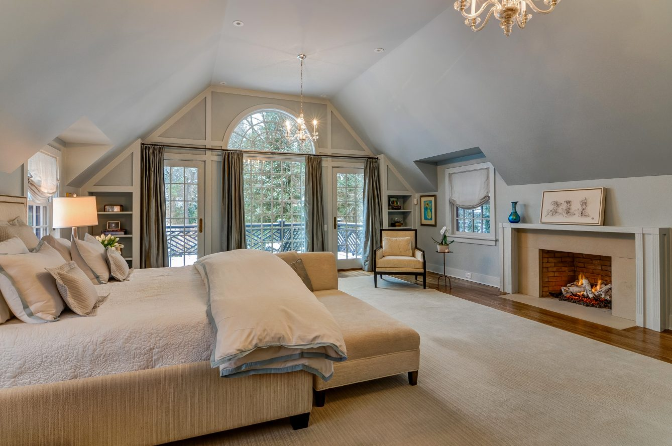 17 – Crest Acre Court – Master Bedroom