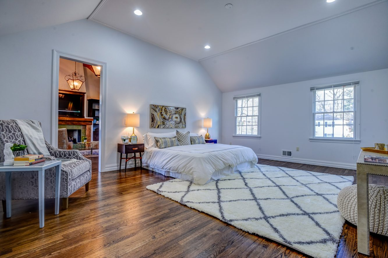 12 – 443 Long Hill Drive – Master Bedroom