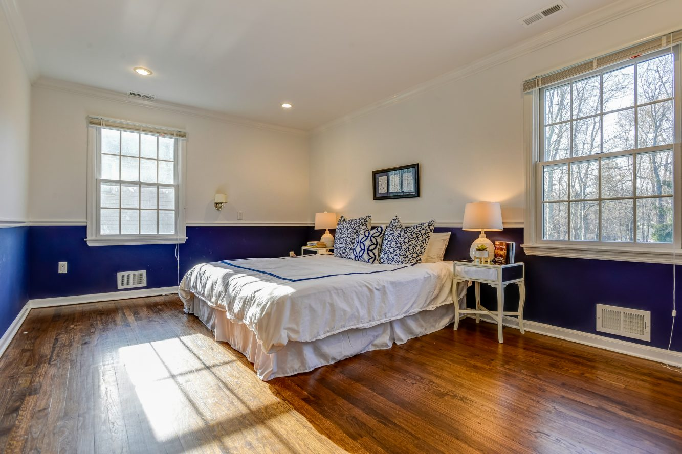 18 – 443 Long Hill Drive – Second Level Bedroom