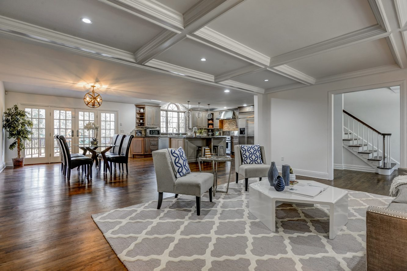 3 – 443 Long Hill Drive – Family Room