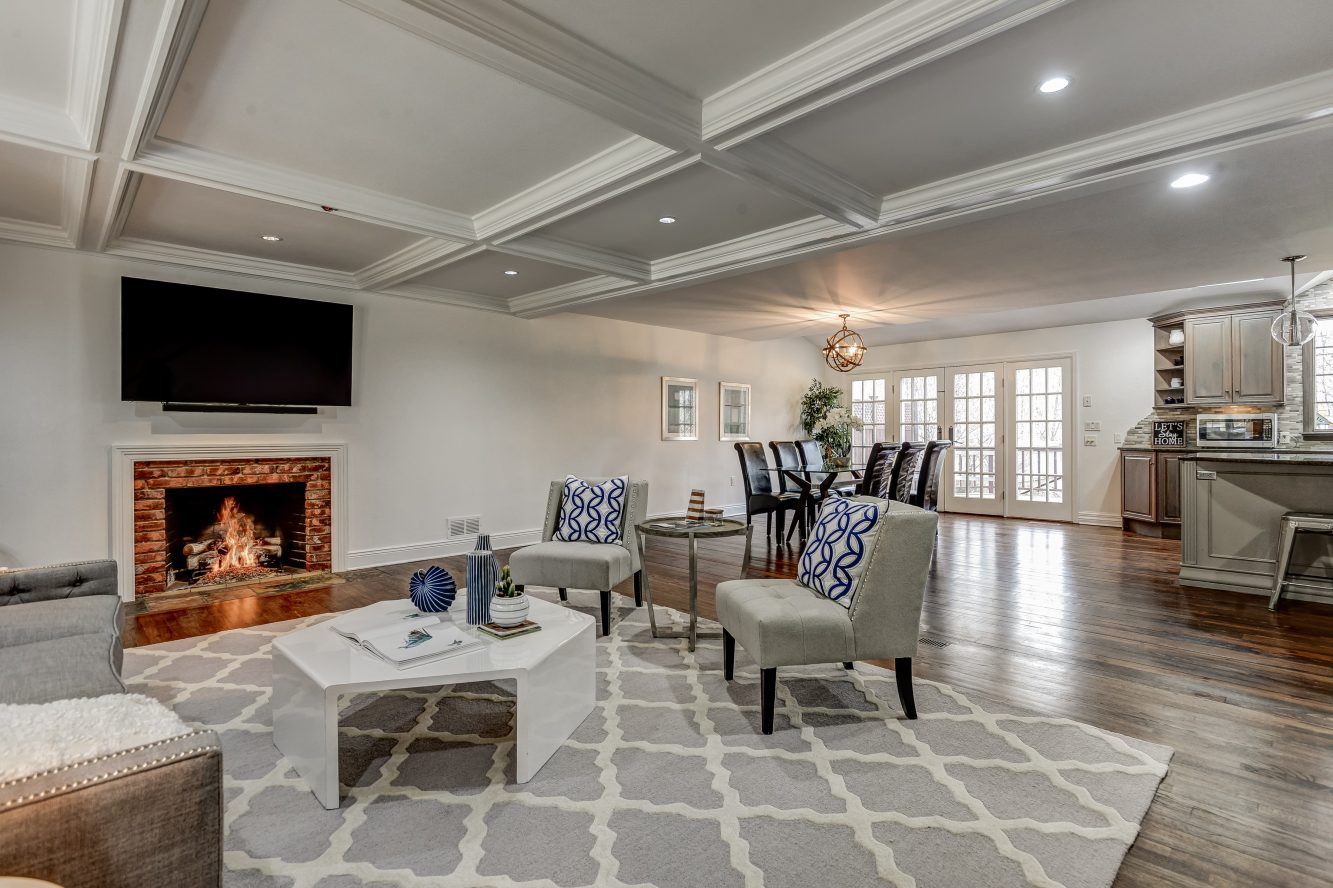 4 – 443 Long Hill Drive – Family Room