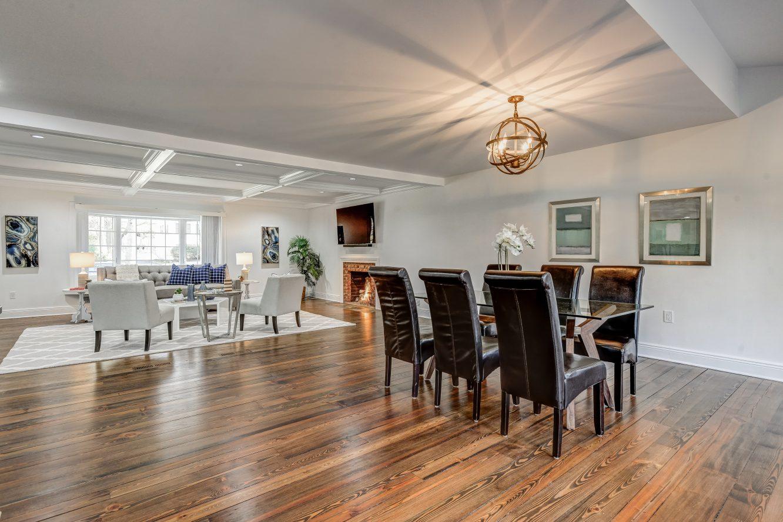 9 – 443 Long Hill Drive – Incredible Open Floor Plan