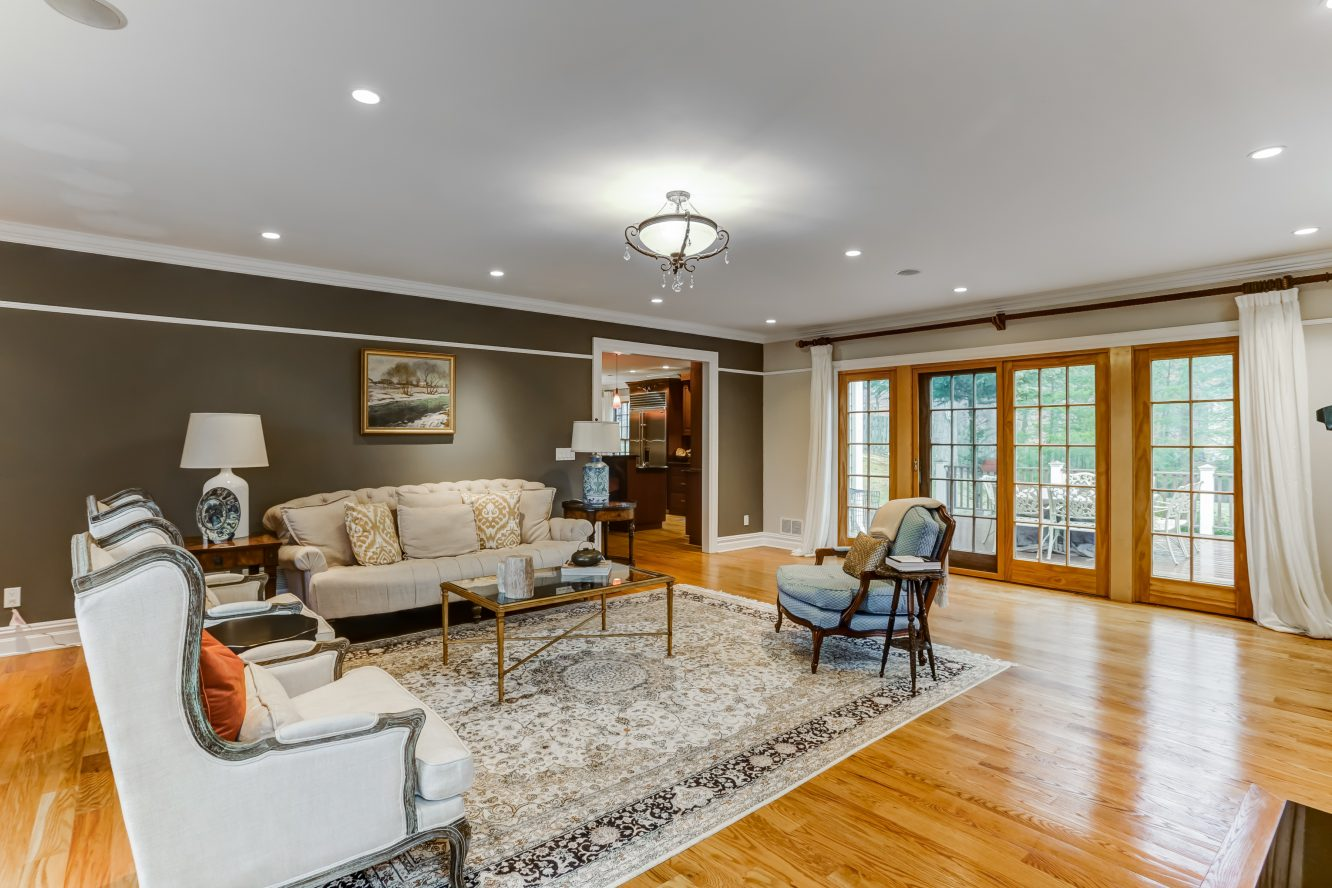 10 – 236 Long Hill Drive – Family Room