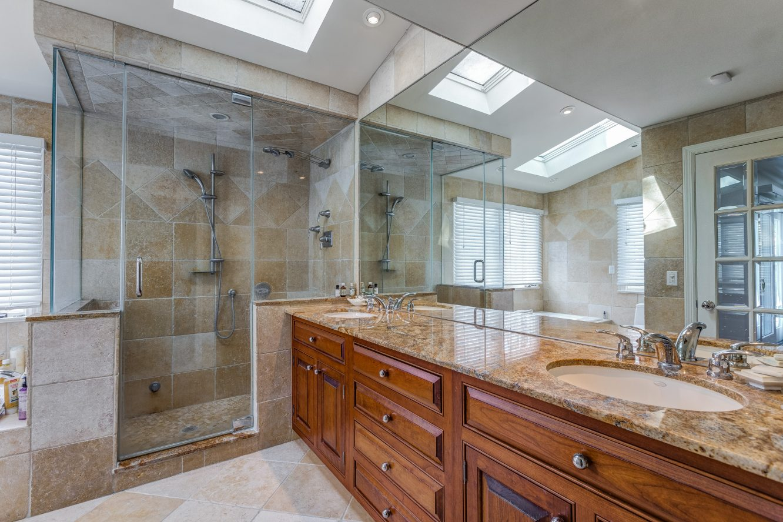 14 – 44 Slope Drive – Master Bath