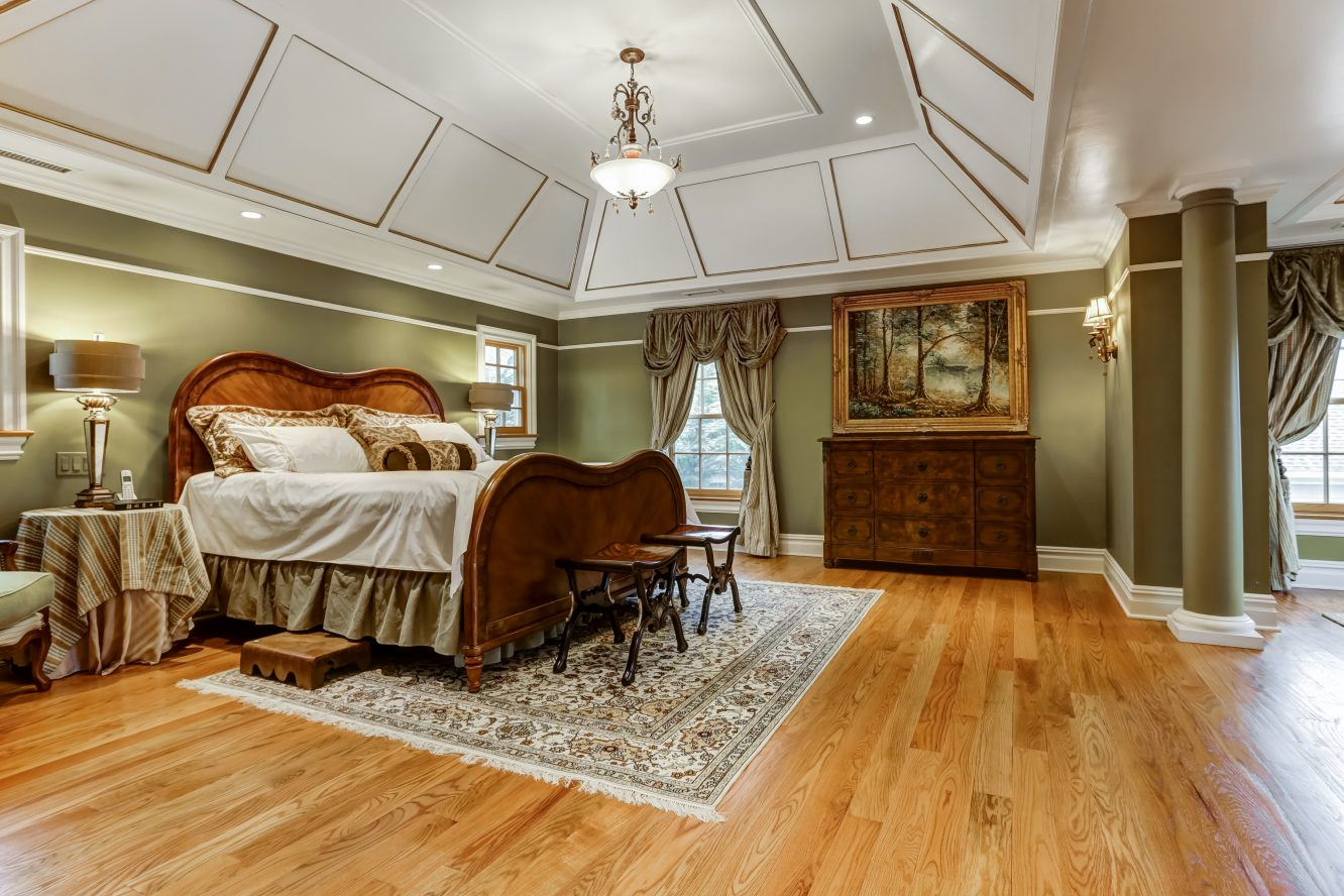 15 – 236 Long Hill Drive – Master Bedroom