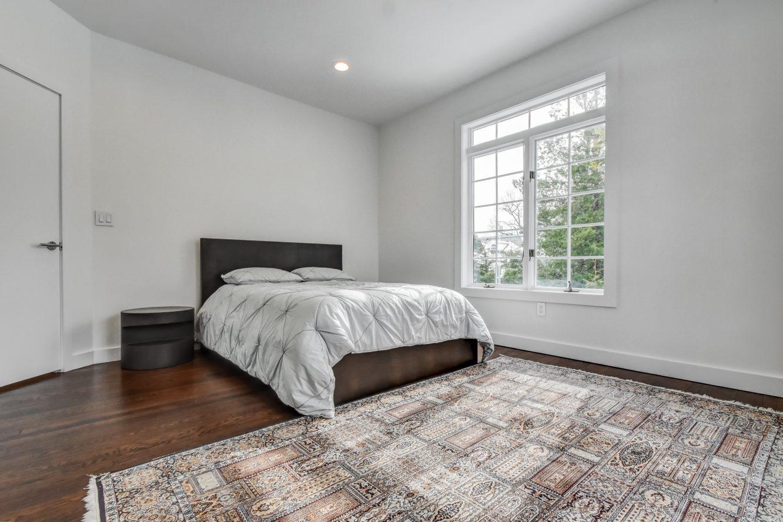 19 – 75 Minnisink Road – Second Level Bedroom