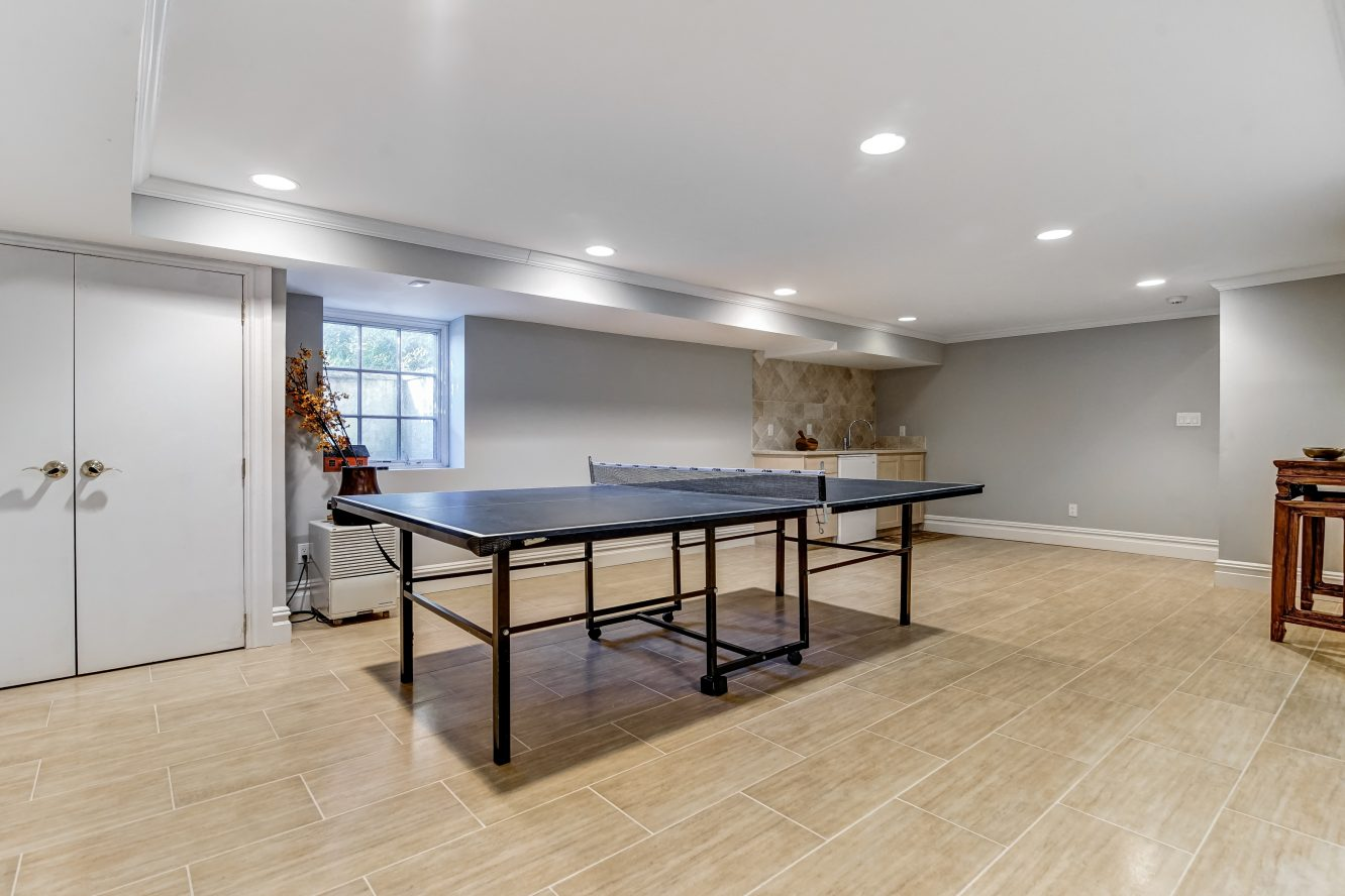 21 – 236 Long Hill Drive – Recreation Room