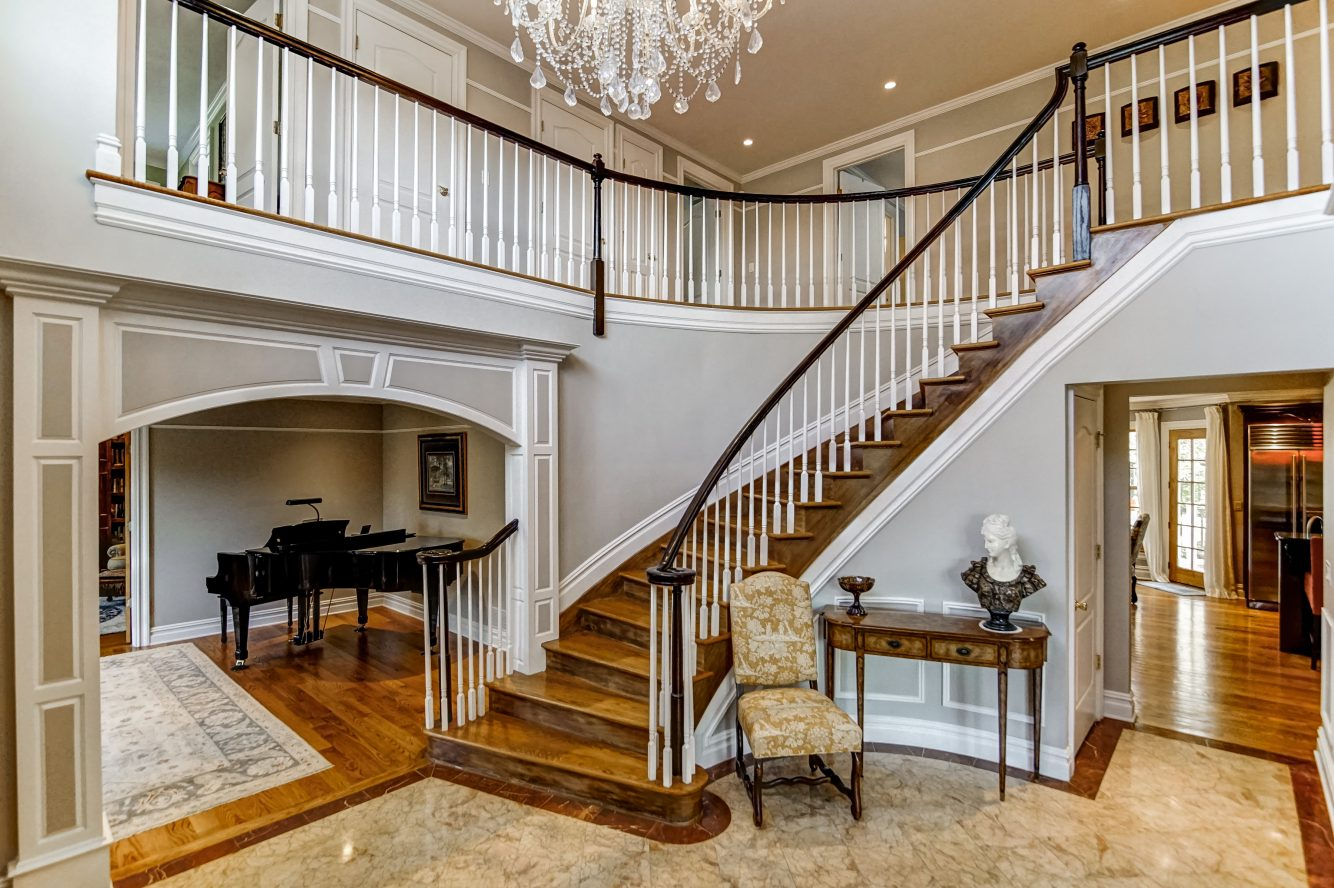 3 – 236 Long Hill Drive – Two-Story Entrance Hall
