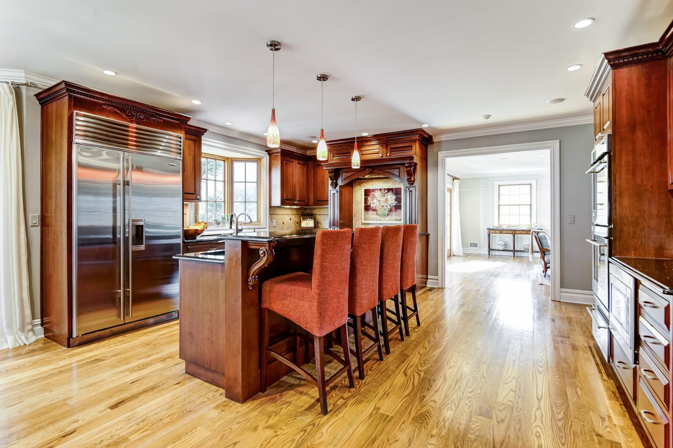 7 – 236 Long Hill Drive – Gourmet Eat-in Kitchen