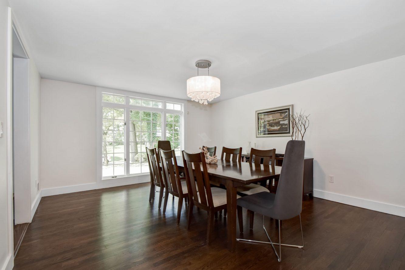 9 – 75 Minnisink Road – Dining Room