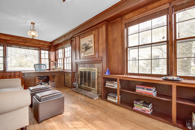 10 – 67 Oak Ridge Avenue – Office