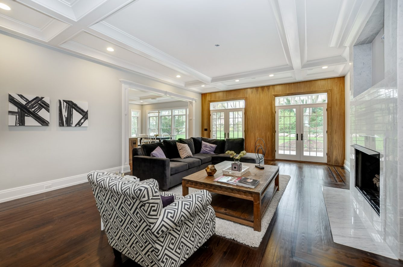 12 – 28 Rolling Hill Drive – Family Room