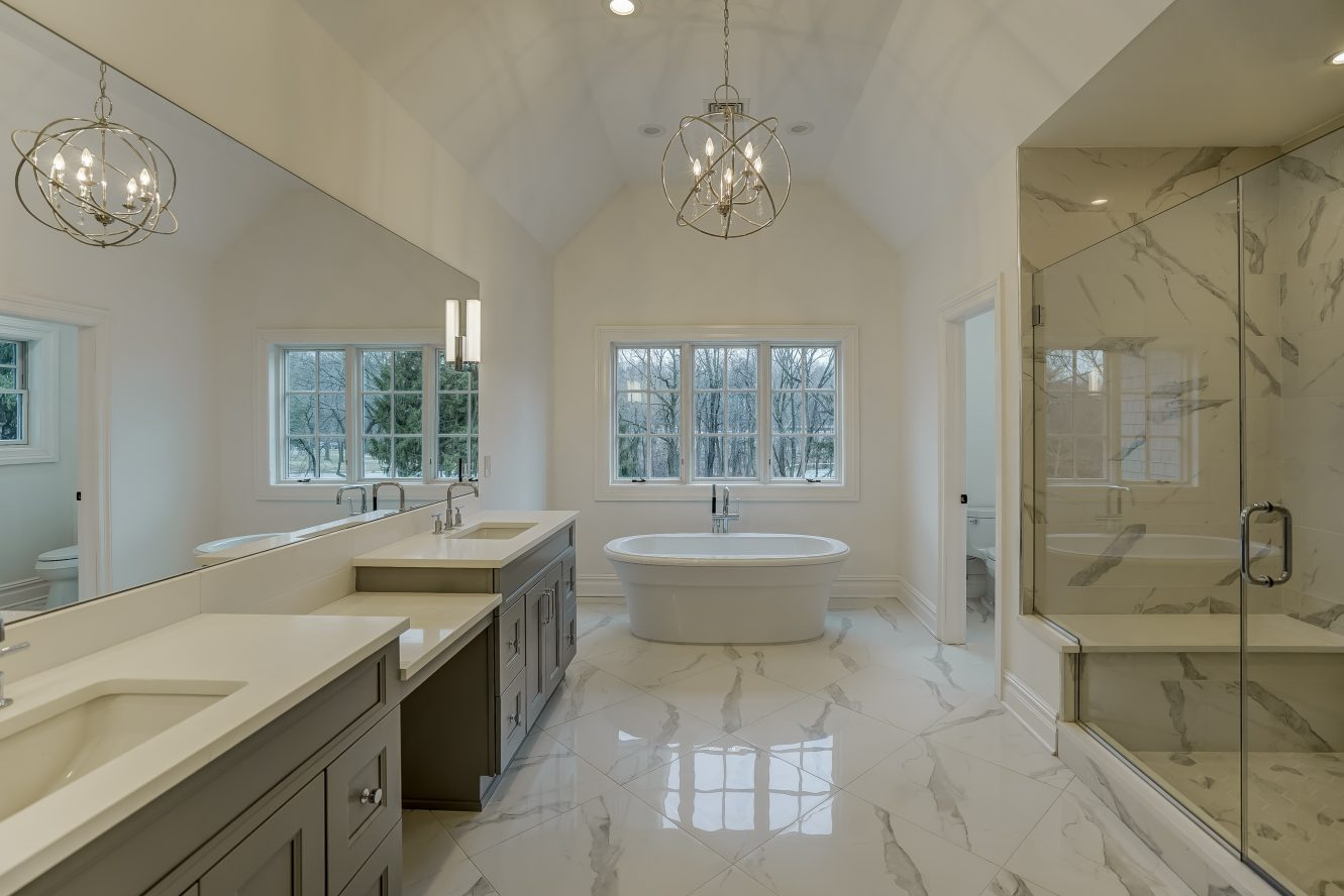 14 – 320 White Oak Ridge Road – Spa-like Master Bath