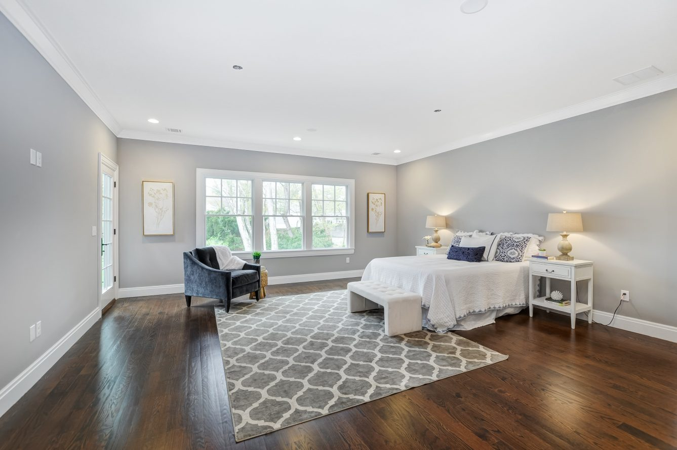 15 – 28 Rolling Hill Drive – Master Bedroom