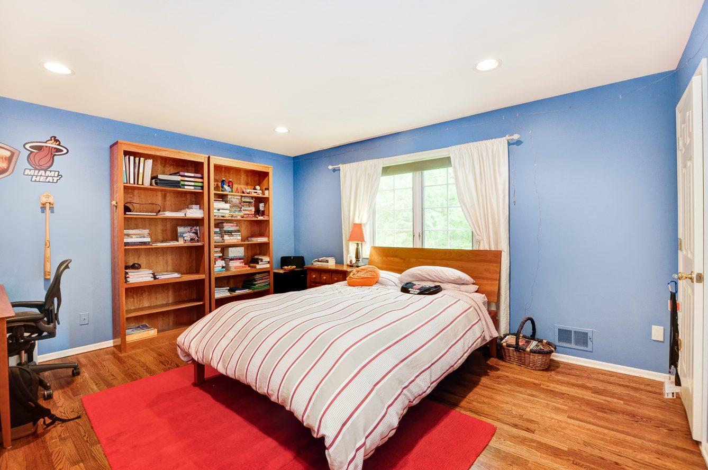 18 – 4 Harvey Drive – One of 5 2nd Floor Bedrooms