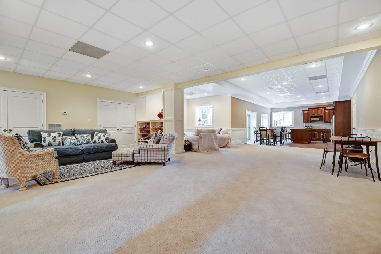 19 – 296 Hartshorn Drive – Incredible Recreation Room