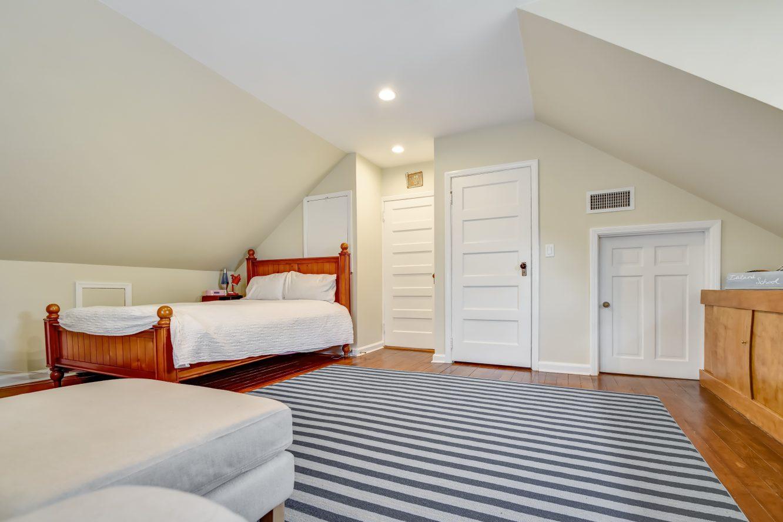 19 – 67 Oak Ridge Avenue – Bedroom 5