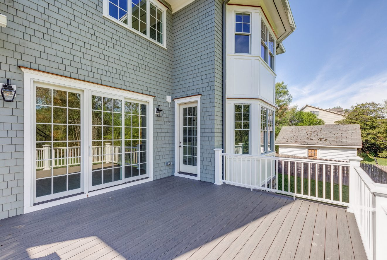 22 – 320 White Oak Ridge Road – Incredible Deck