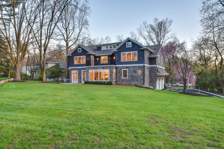 24 – 28 Rolling Hill Drive – Gorgeous Backyard