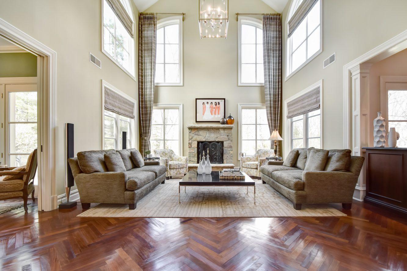 4 – 296 Hartshorn Drive – Family Room