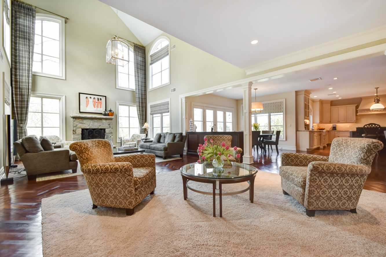 6 – 296 Hartshorn Drive – Family Room into Kitchen