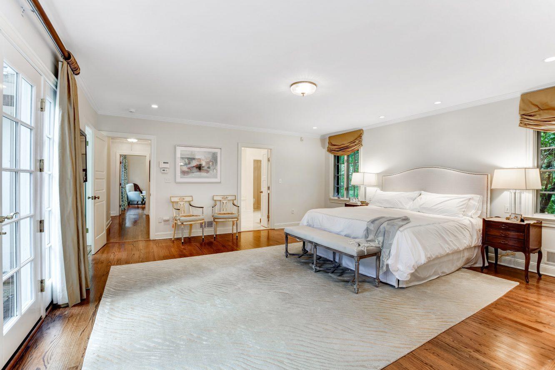 16 – 15 Maryknoll Drive – Master Bedroom