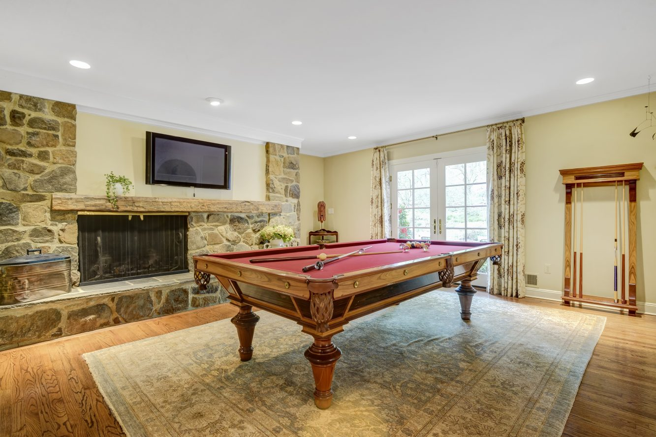 7 – 15 Maryknoll Drive – Billiard Room