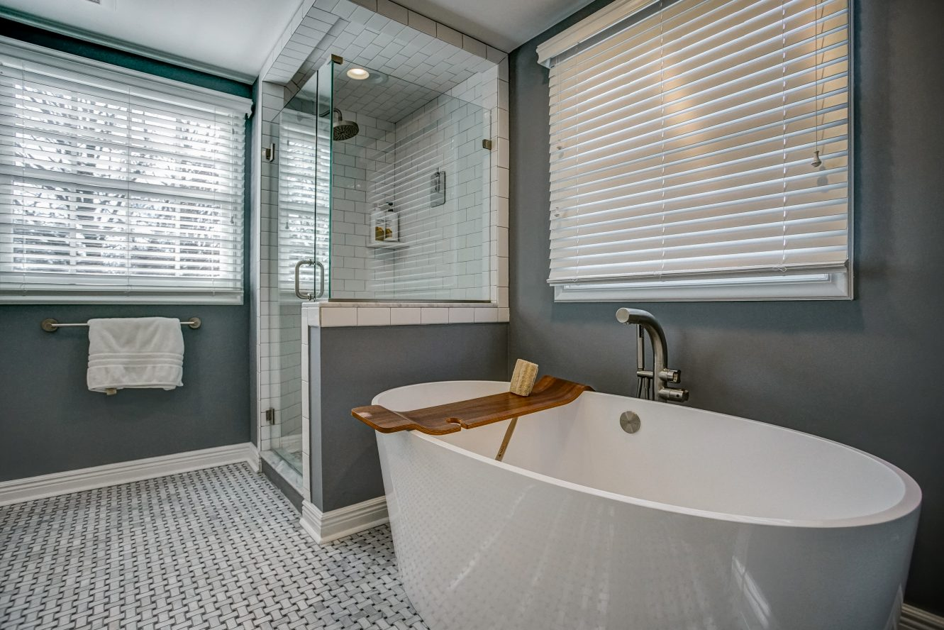 13 – 25 Joanna Way – Spa-like Master Bath