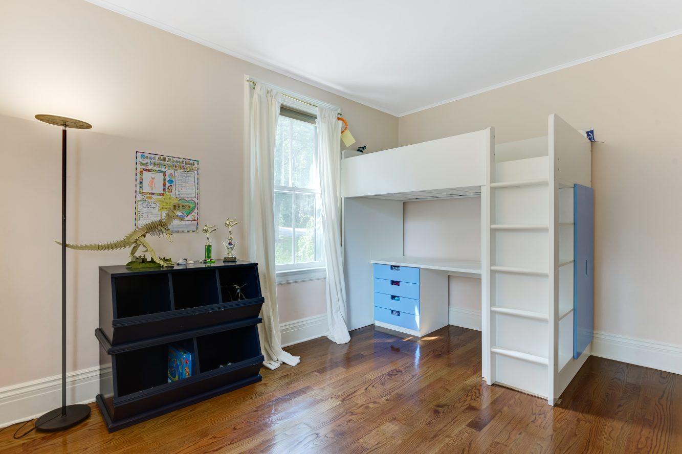 17 – 80 Linden Street – Bedroom 2
