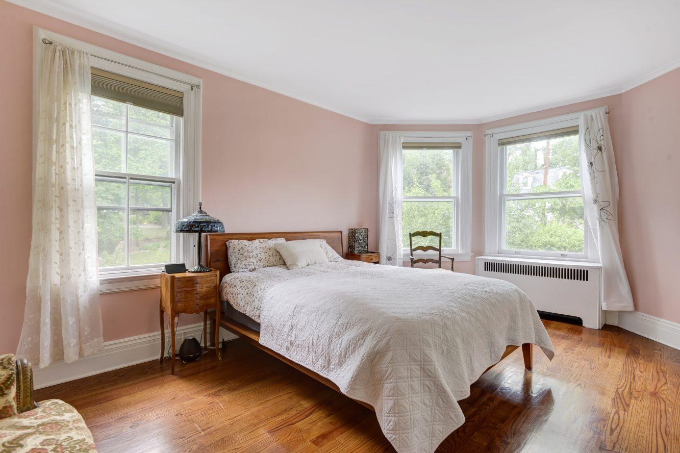 19 – 80 Linden Street – Bedroom 5