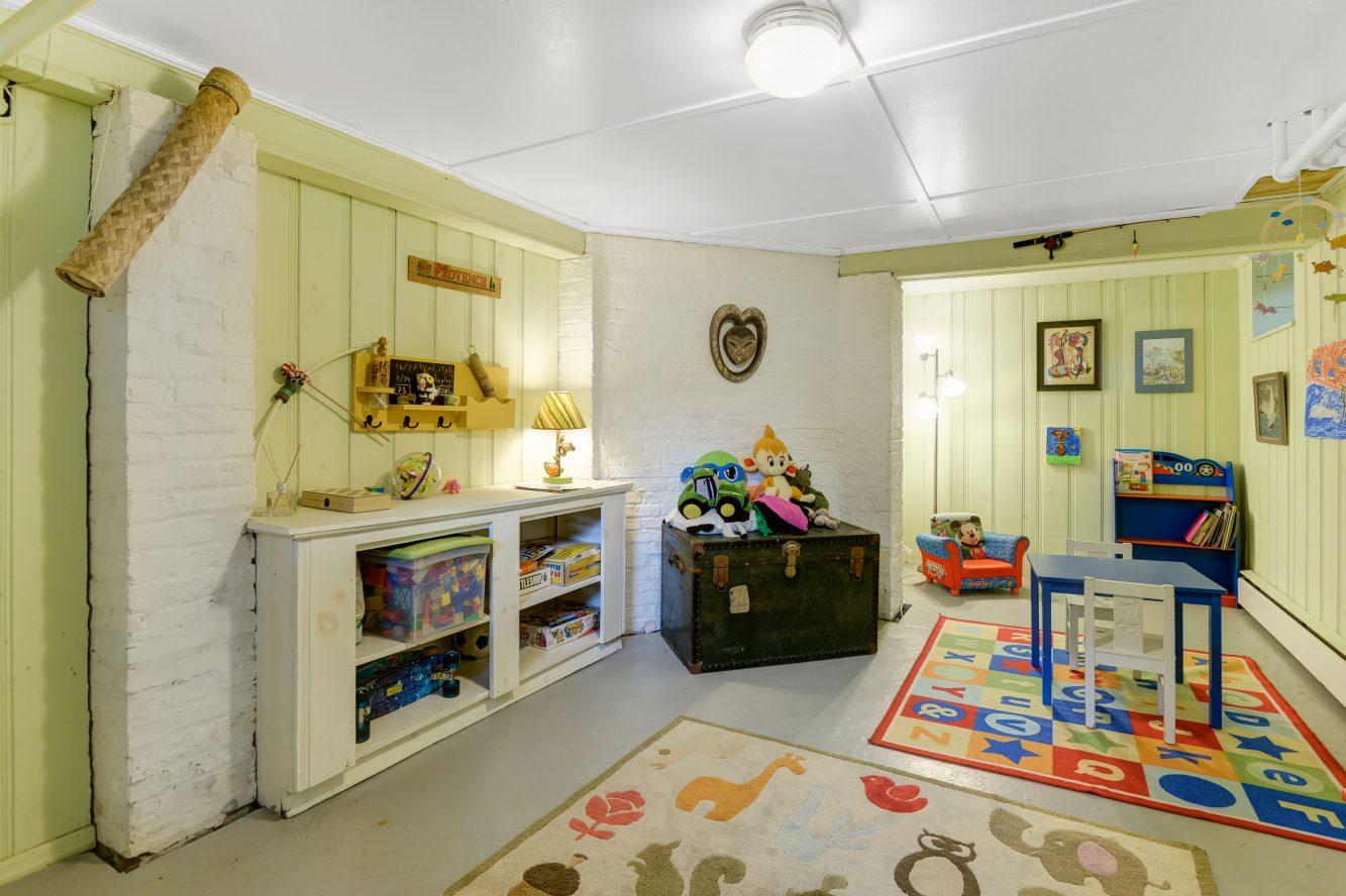 21 – 80 Linden Street – Recreation Room