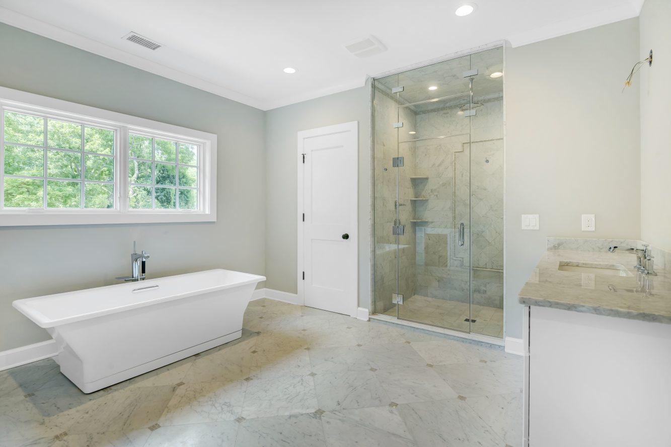 15 – 3 Cora Way – Master Bath
