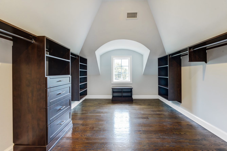 16 – 3 Cora Way – Master Walk-in Closet