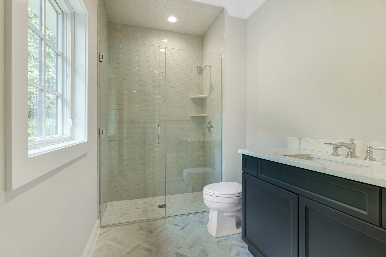 21 – 3 Cora Way – Bedroom 4 En Suite Bath