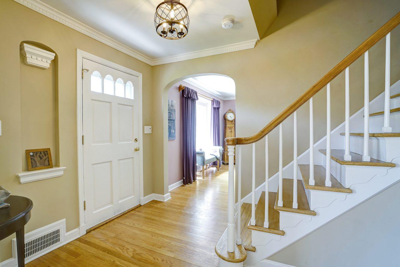 3 – 41 Hilltop Road – Foyer