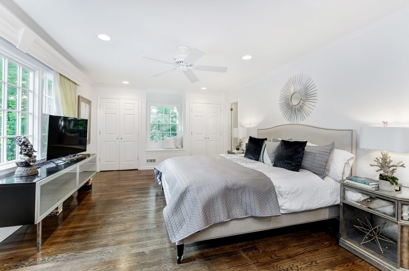 11 – 46 Slayton Drive – Master Bedroom