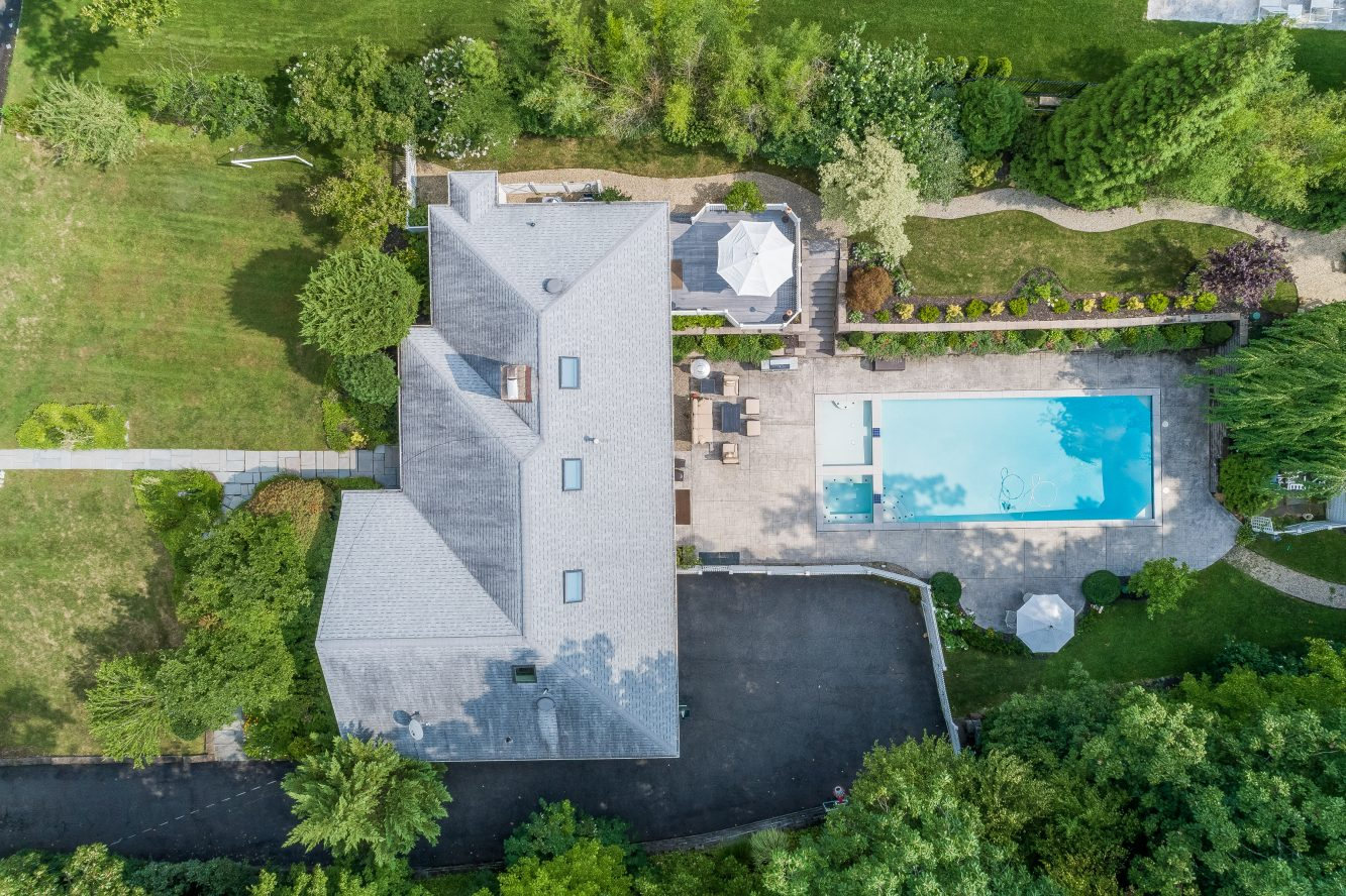 23 – 46 Slayton Drive – Gorgeous Aerial