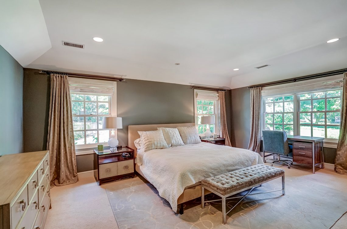 11 – 45 Joanna Way – Master Bedroom