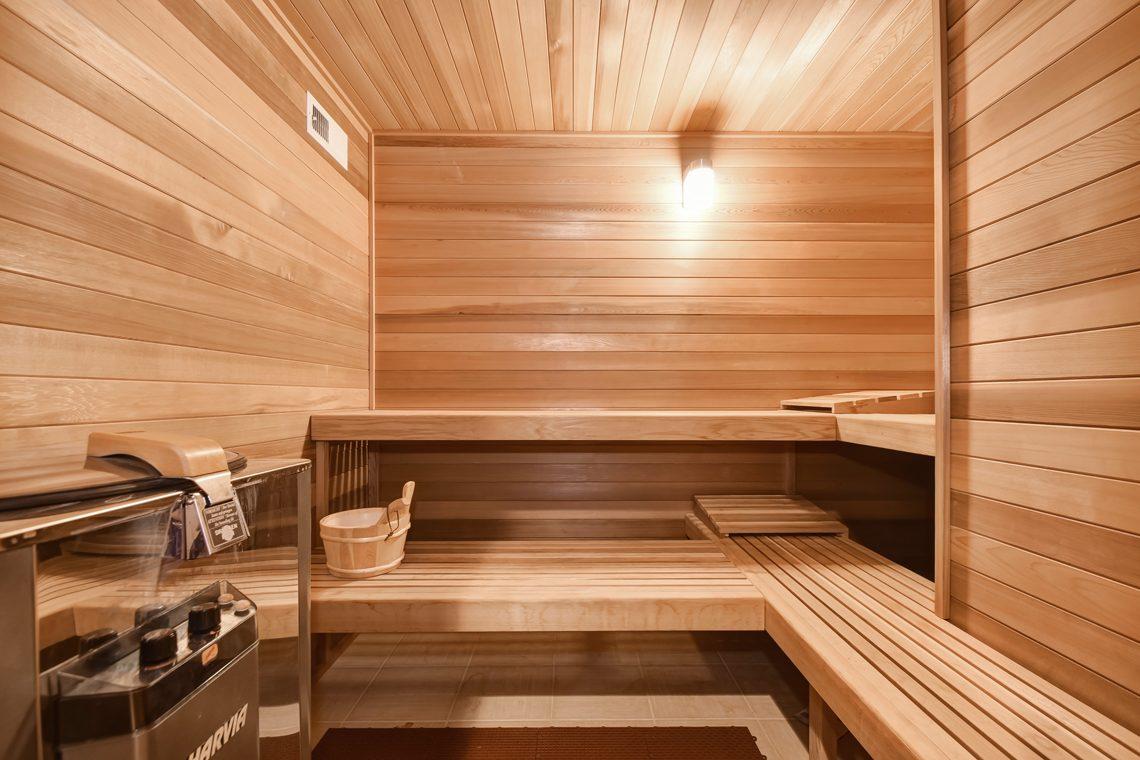 22 – 39 Knollwood Road – Sauna
