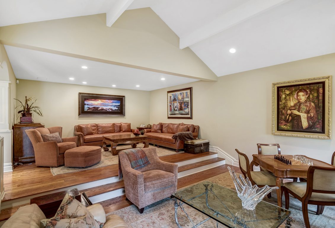 8 – 17 Clive Hills Road – New Family Room