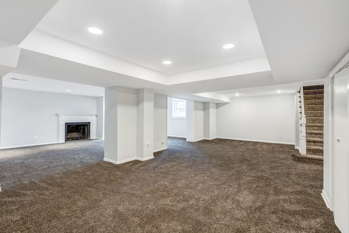 23 – 11 Washington Avenue – Beautifully Finished Recreation Room