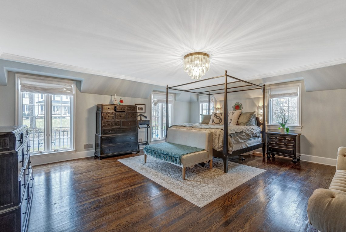 14 – 161 Oak Ridge Avenue – Master Bedroom