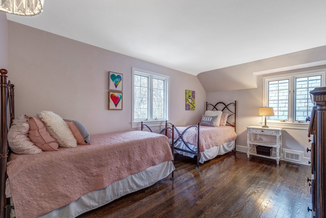 17 – 161 Oak Ridge Avenue – Bedroom 3