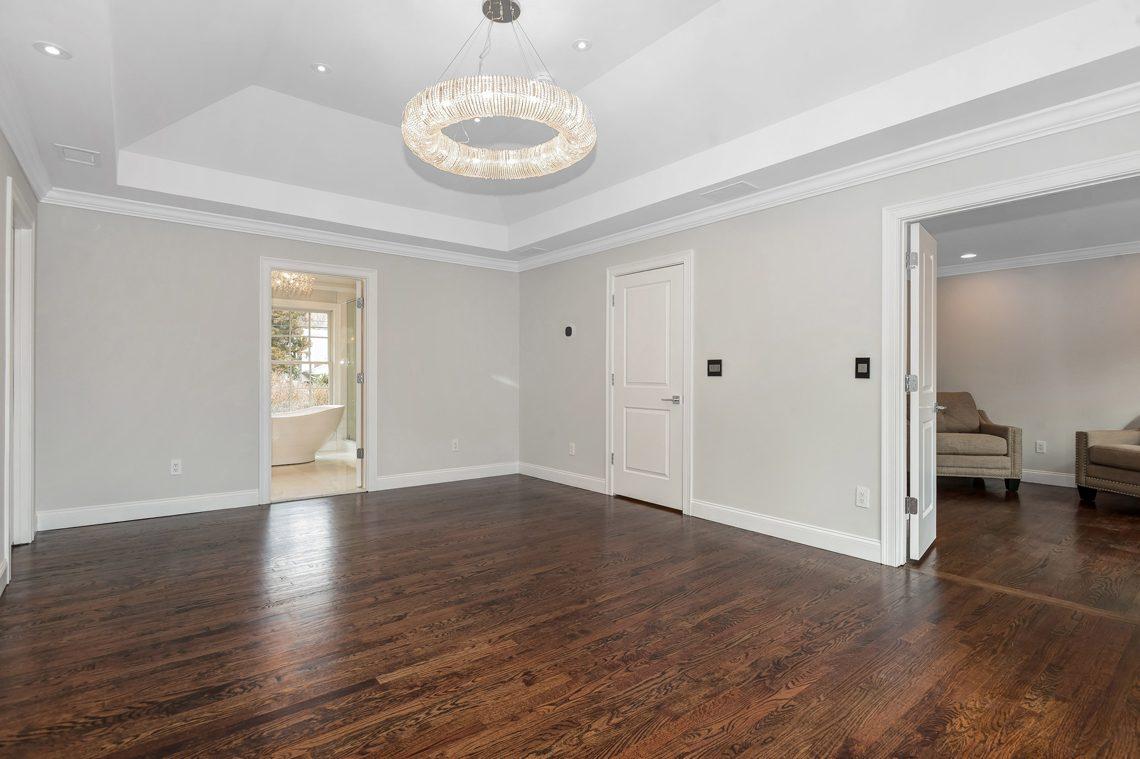 15 – 38 Barnsdale Road – Master Bedroom