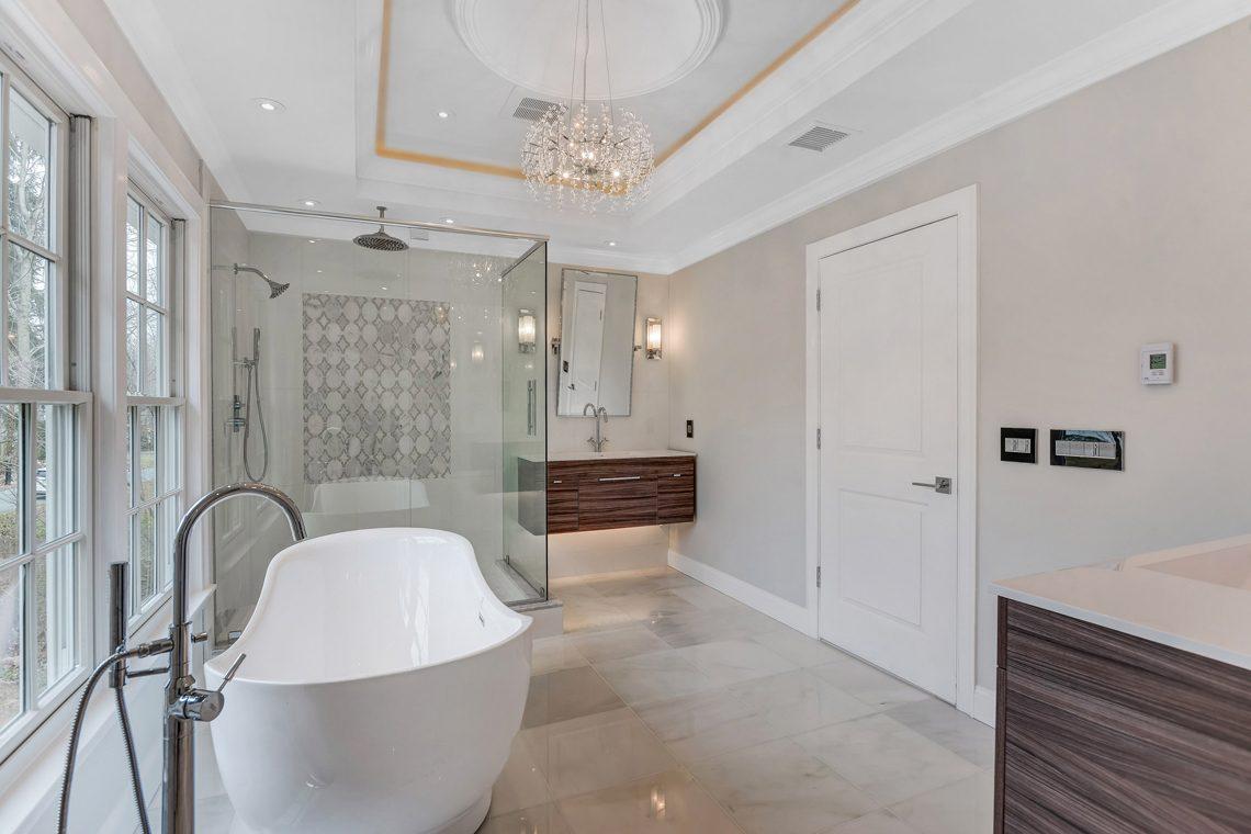 16 – 38 Barnsdale Road – Spa-like Master Bath