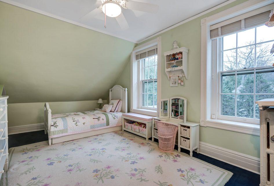 22 – 18 Chestnut Place – Bedroom 5