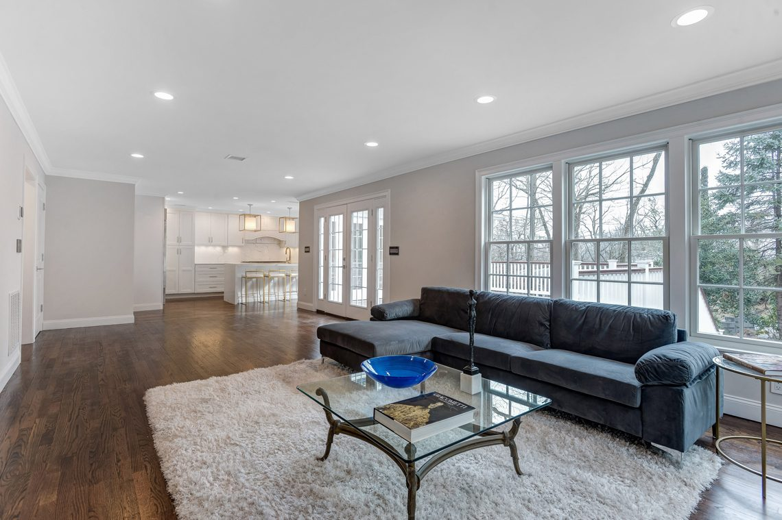 8 – 38 Barnsdale Road – Family Room