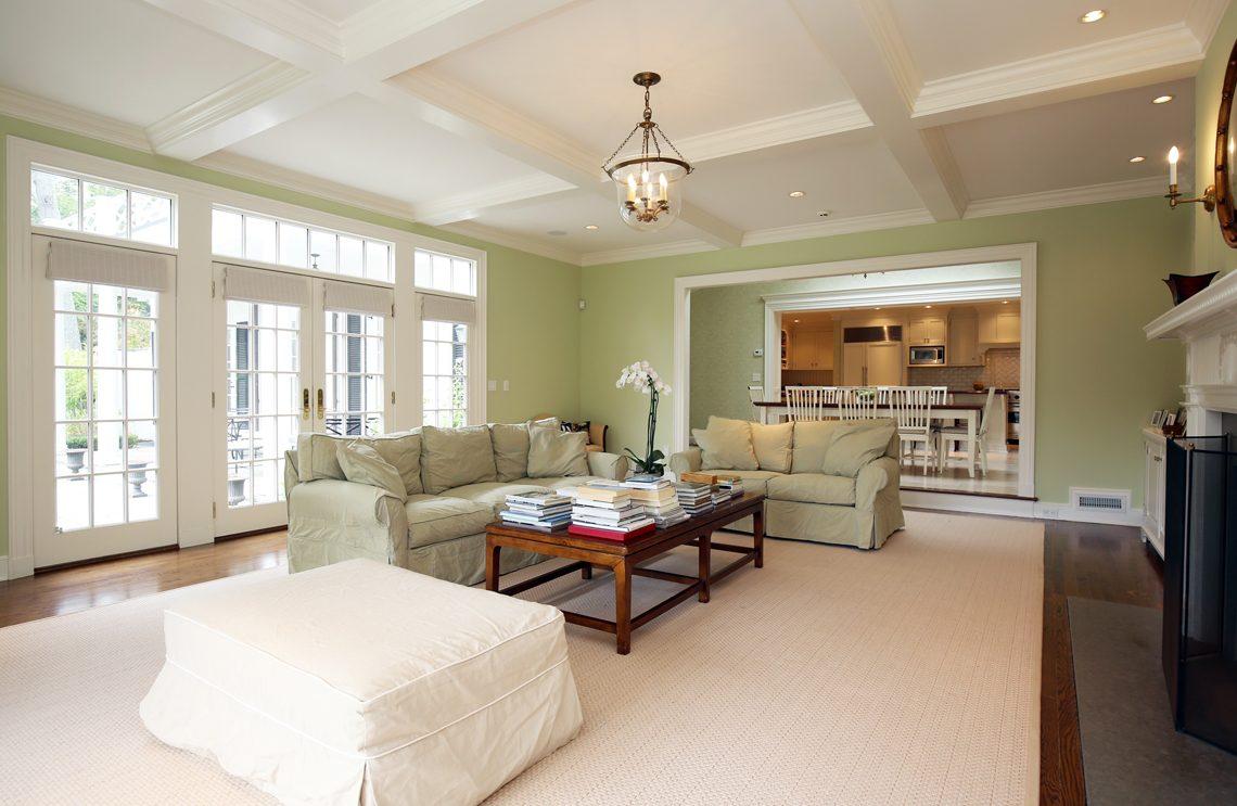 14 – 92 Lake Road – Family Room