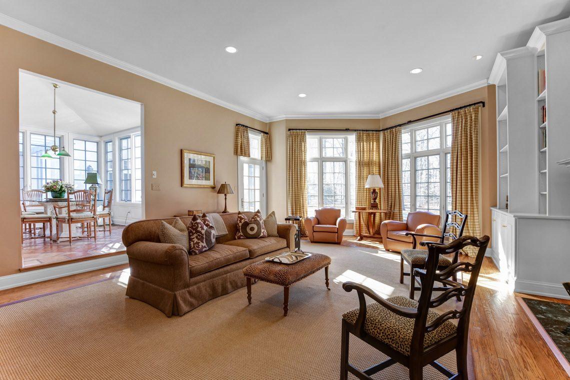 15 – 26 Sand Spring Lane – Family Room